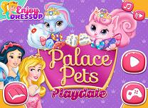 Animalele de la Palat se Joaca
