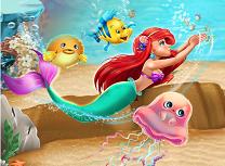 Ariel Inoata in Ocean