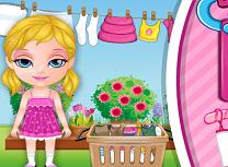 Bebelusa Barbie Spala Hainele