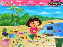 Dora face curat pe Plaja