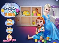 Elsa Se Joaca cu Micuta Anna