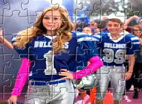 Puzzle cu Bella si Buldogii