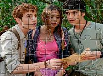 Puzzle cu Cuibul din Jungla