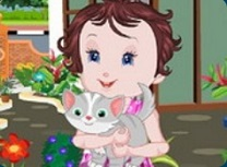 Bebelusa Lisi Salveaza Pisicuta