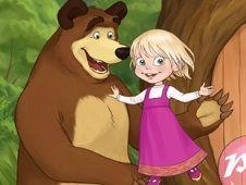 Masha si Ursul de Imbracat
