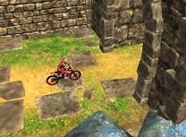 Cu Motocicleta in Templu