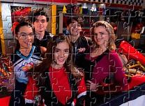 Vikki RPM Puzzle Cu Personaje